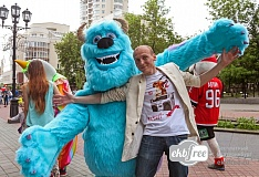 Ростовые куклы вышли на парад!